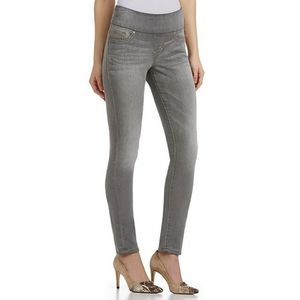 Jag Mid Rise Straight Pull-On Gray Jeans
